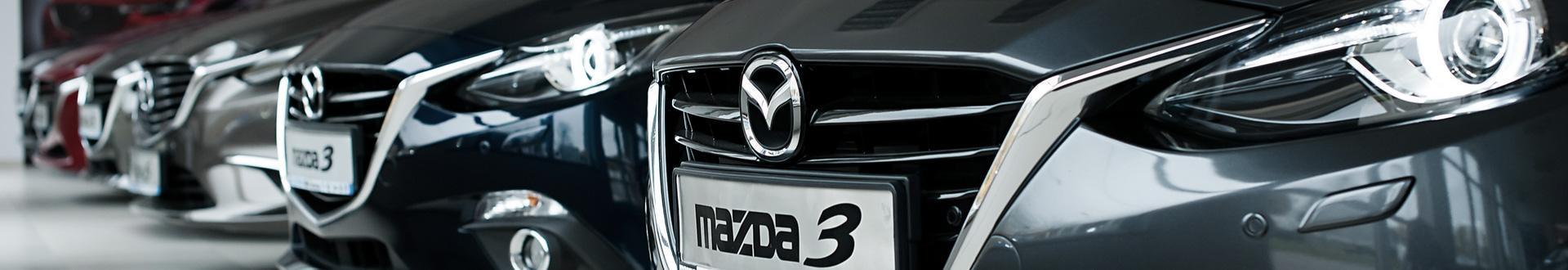 Grill auta Mazda 3
